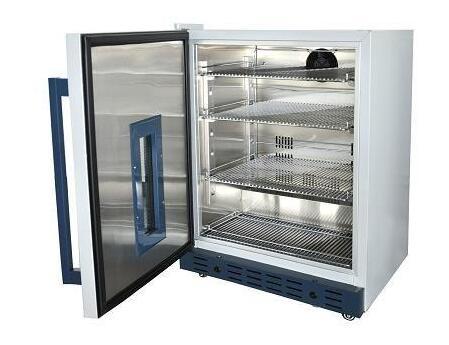 37度造影剂加温箱的结构说明