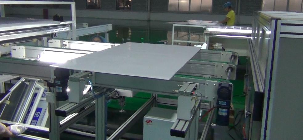 全自动光伏电池组件层压封装线方案介绍