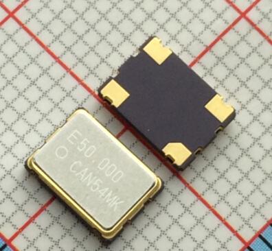 动态电容c1   等效电路中动态(串联)臂中的电容.